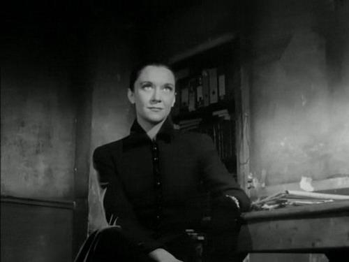 """La Mort (Maria Casarès) dans le film """"Orphée"""" de Jean Cocteau"""