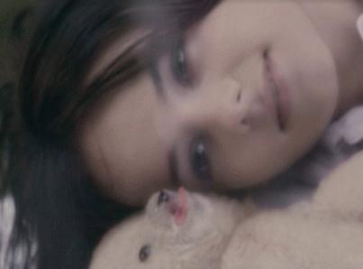 """Vidéo-clip de la chanson """"Parler tout bas"""" d'Alizée"""
