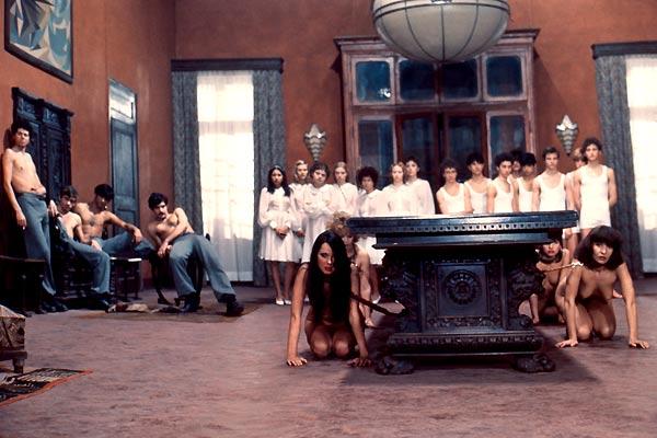 """Film """"Salo ou les 120 Journées de Sodome"""" de Pier Paolo Pasolini"""