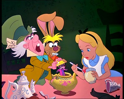 "Film ""Alice In Wonderland"" de Walt Disney"