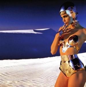 Lady Gaga pour le défilé de Thierry Mugler
