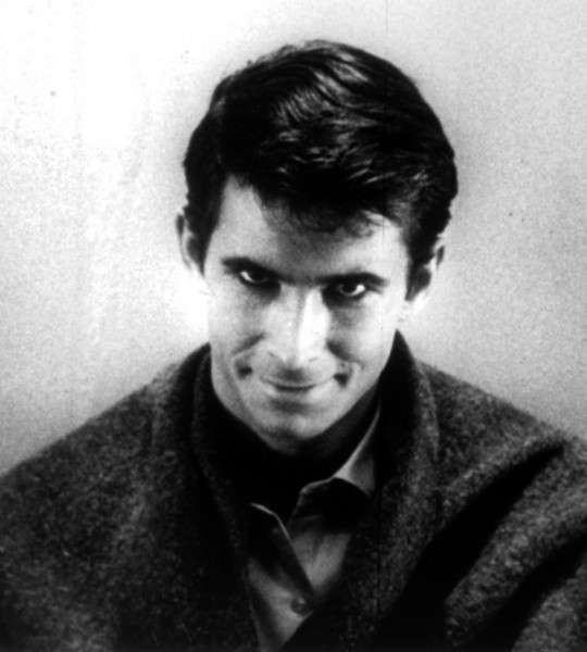 "Norman Bates dans le film ""Psycho"" d'Alfred Hitchcock"