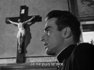 """Montgomery Clift dans le film """"La Loi du silence"""" d'Alfred Hitchcock"""