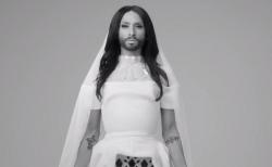 "Le vidéo-clip de la chanson ""Heroes"" de Conchita Wurst"