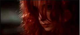 """Vidéo-clip de la chanson """"Je te rends ton amour"""" de Mylène Farmer"""