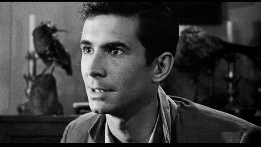 """Norman Bates dans le film """"Psychose"""" d'Alfred Hitchcock"""