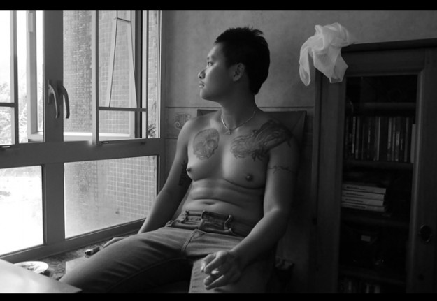 """Documentaire """"Unfinished : Exploring The Transgender Self"""" de Siufung"""