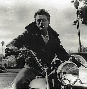 l'acteur bisexuel James Dean