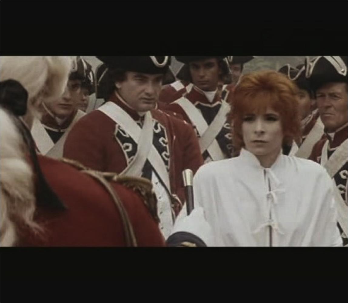 """Vidéo-clip de la chanson """"Pourvu qu'elles soient douces"""" de Mylène Farmer"""