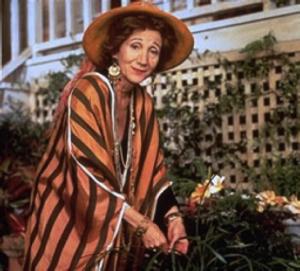 Olympia Dukakis dans la série Chroniques de San Francisco d'Armistead Maupin