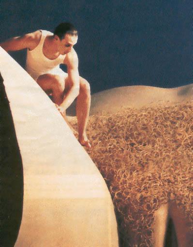 """Film """"L'homme qui rétrécit"""" (dans """"Parle avec elle"""") de Pedro Almodovar"""