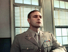 "Major Weldon dans le film ""Reflets dans un œil d'or"" de John Huston"