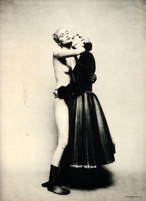 "Photo ""Sensuous Girls"" de Paolo Roversi"