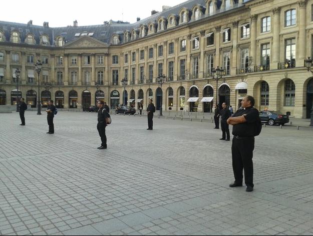 Amis prêtres de Tolède, veillant debout à Vendôme
