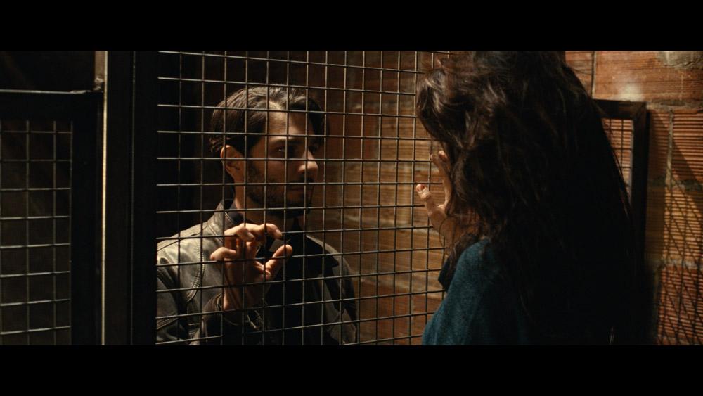 Mante curé en cage