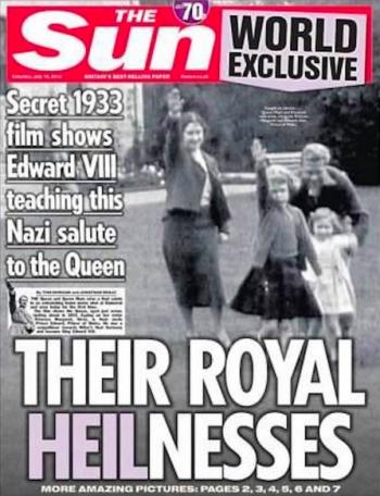 La Reine Elizabeth II, toute petite, apprenant à faire le salut nazi