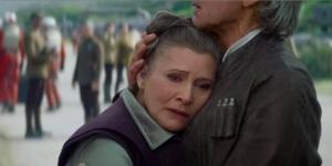 Princesse Leia et Solo (dans une étreinte désespérée)