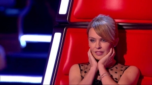 Kylie Minogue se touche pour The Voice UK