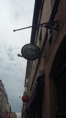 """Code 38 """"Bière"""" (À Lyon, elle coule à flots)"""