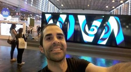 Présent au Salon ViVa Technology de Paris en juillet 2016, à la plus grande gloire du V (Aie confiance...)