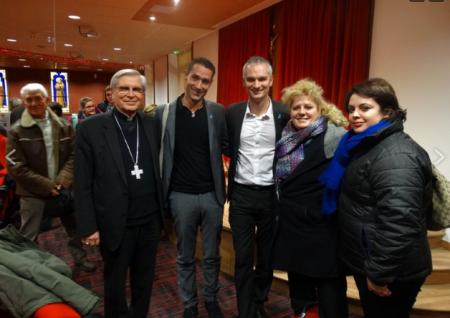 """Monseñor Di Falco, en nombre de la """"Misericordia"""", apoya la asociación pro-gays francesa El Refugio"""